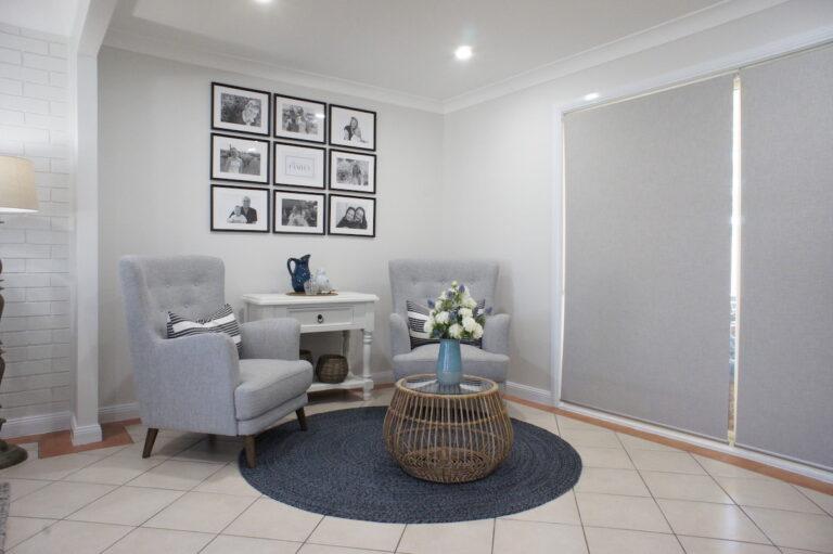 after-hamptons-farmhouse-sitting-room-interior-decorating-sydney