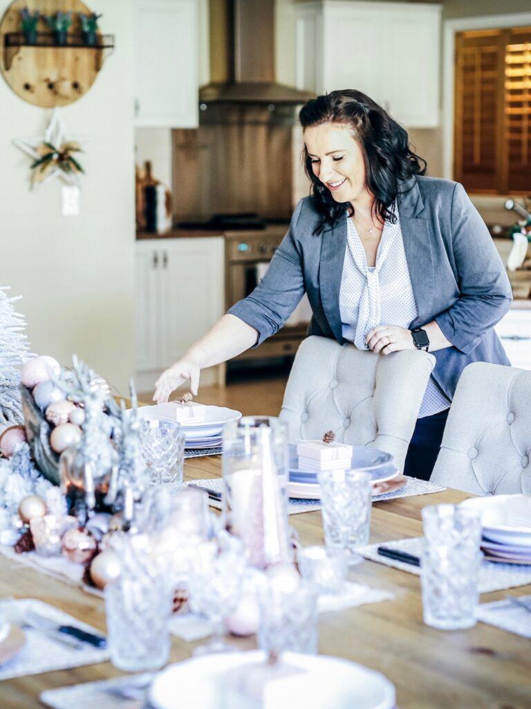 blush-themed-christmas-decorator-sydney