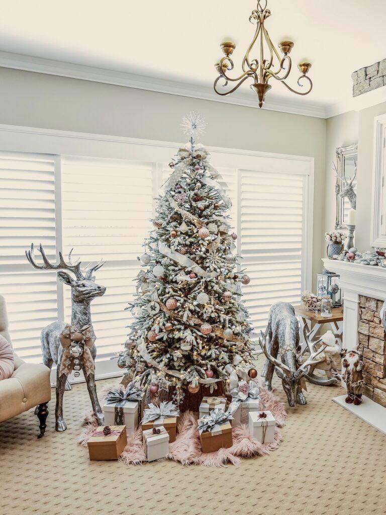 blush-themed-christmas-tree-decorating-sydney