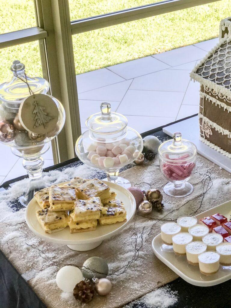 blush-themed-home-made-christmas-decorating-sydney