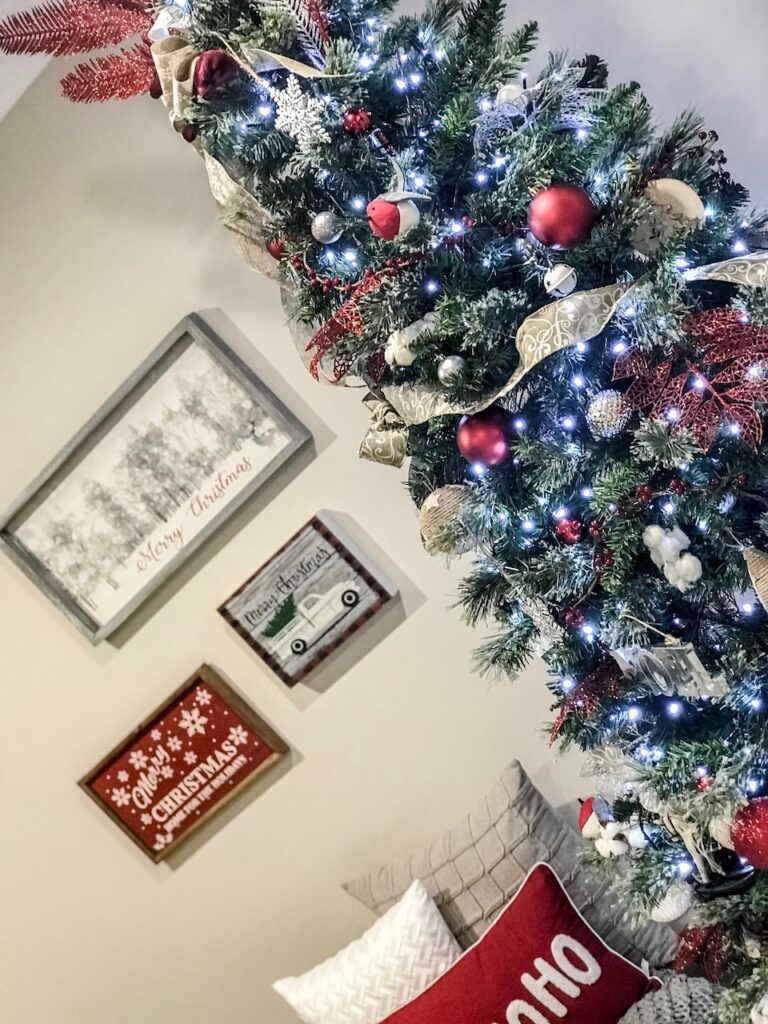 farmhouse-themed-christmas-decorating-wollondilly