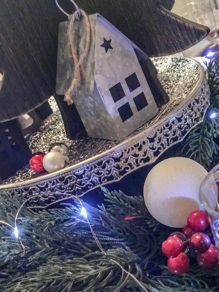 farmhouse-themed-christmas-table-decorating-sydney
