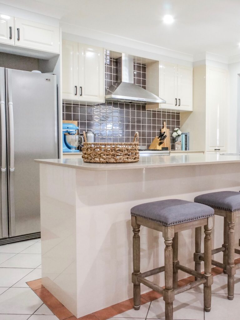 hamptons-kitchen-design-wollondilly