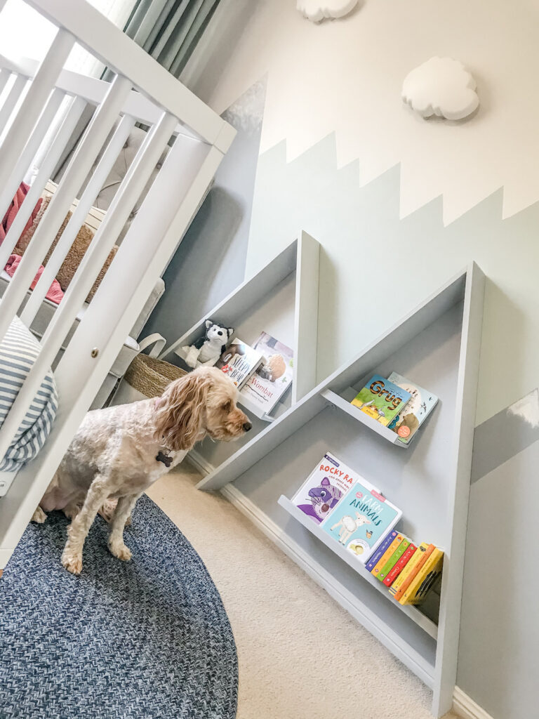 nursery-mountain-feature-wall-with-dog