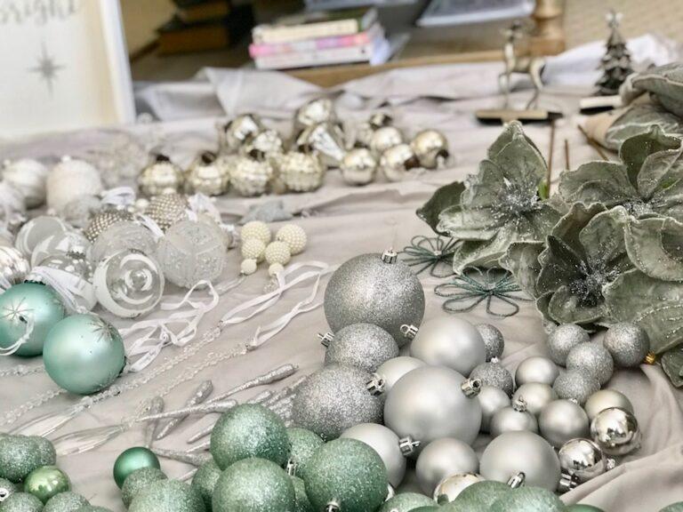 sage-christmas-tree-decor-interior-christmas-decorating-sydney