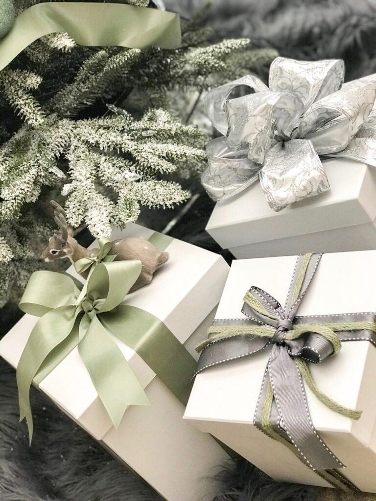 sage-themed-gifting-interior-christmas-decorating-sydney