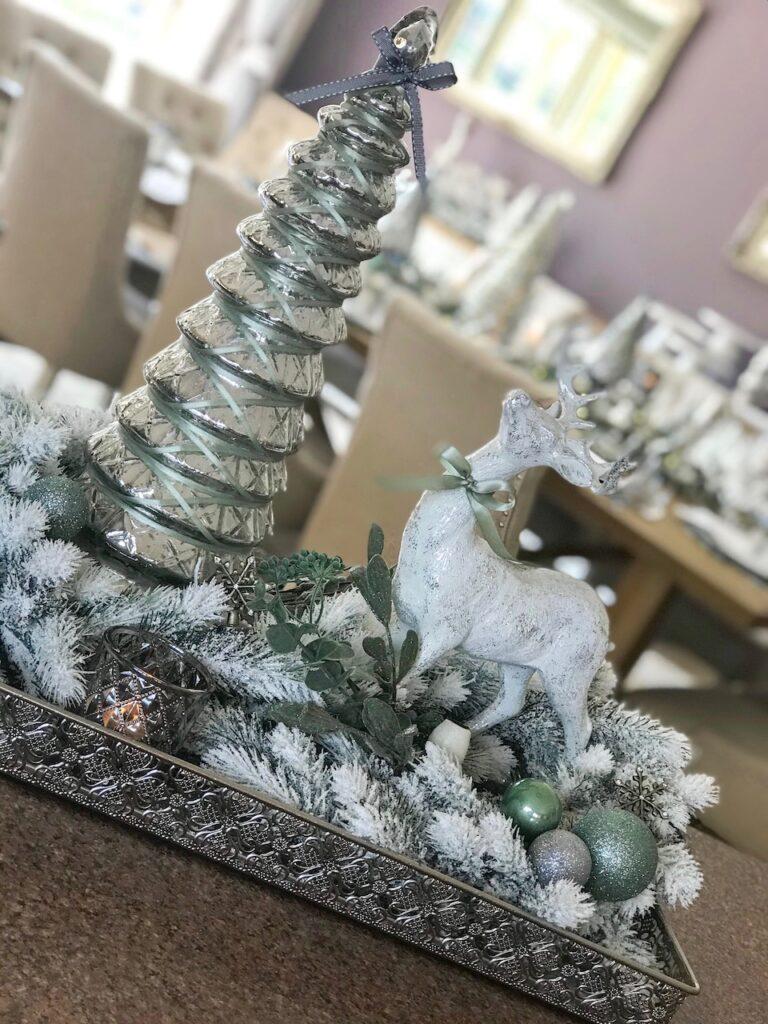 sage-themed-vingette-interior-christmas-decorating-sydney