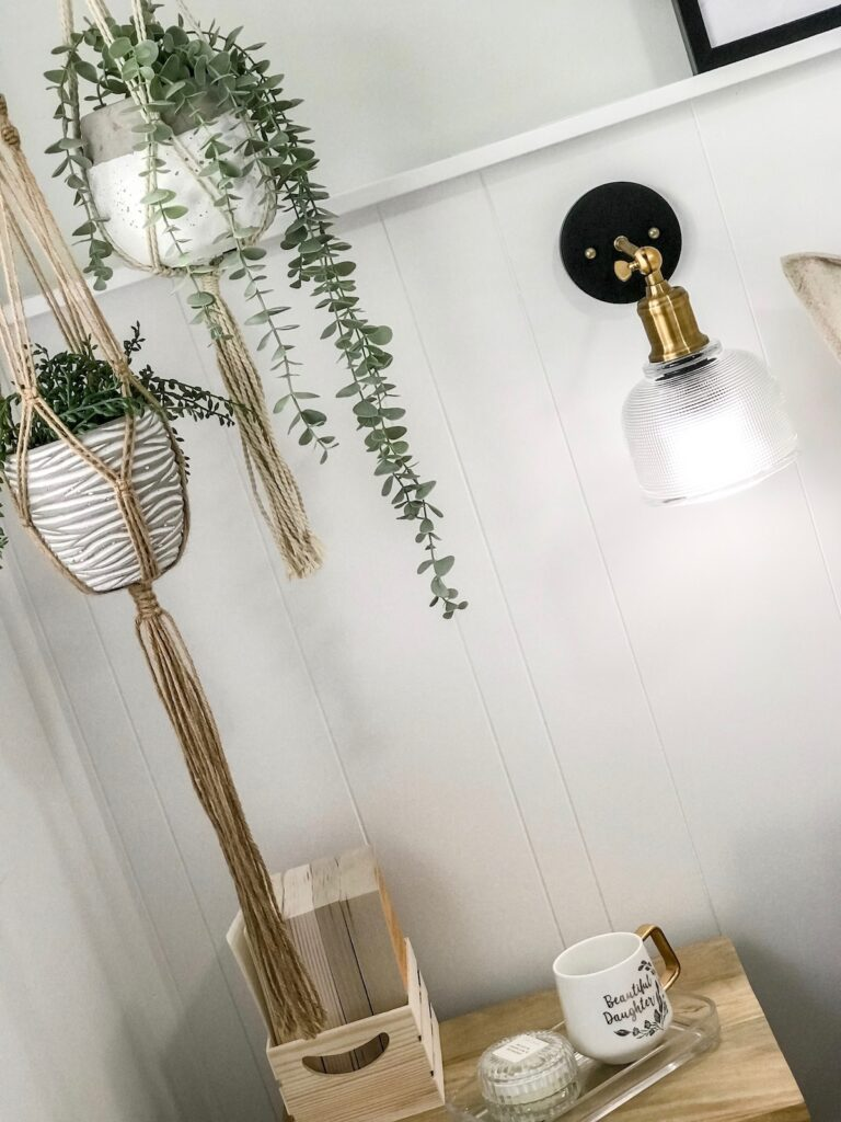 scandi-boho-bedroom-interior-decorating-hanging-decor-sydney