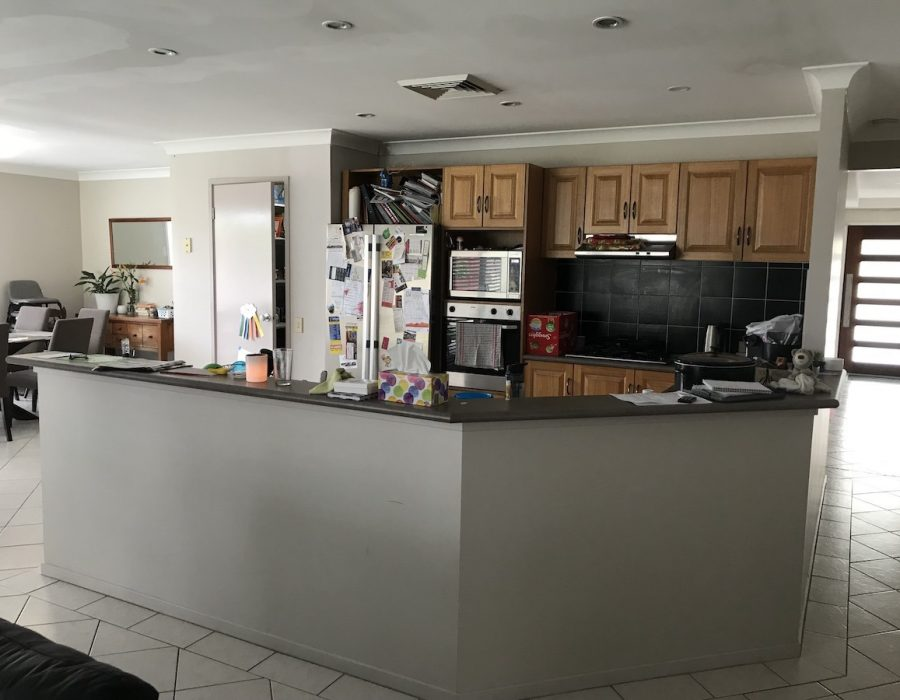 before-2-contemporary-minimalist-kitchen-reno-sydney